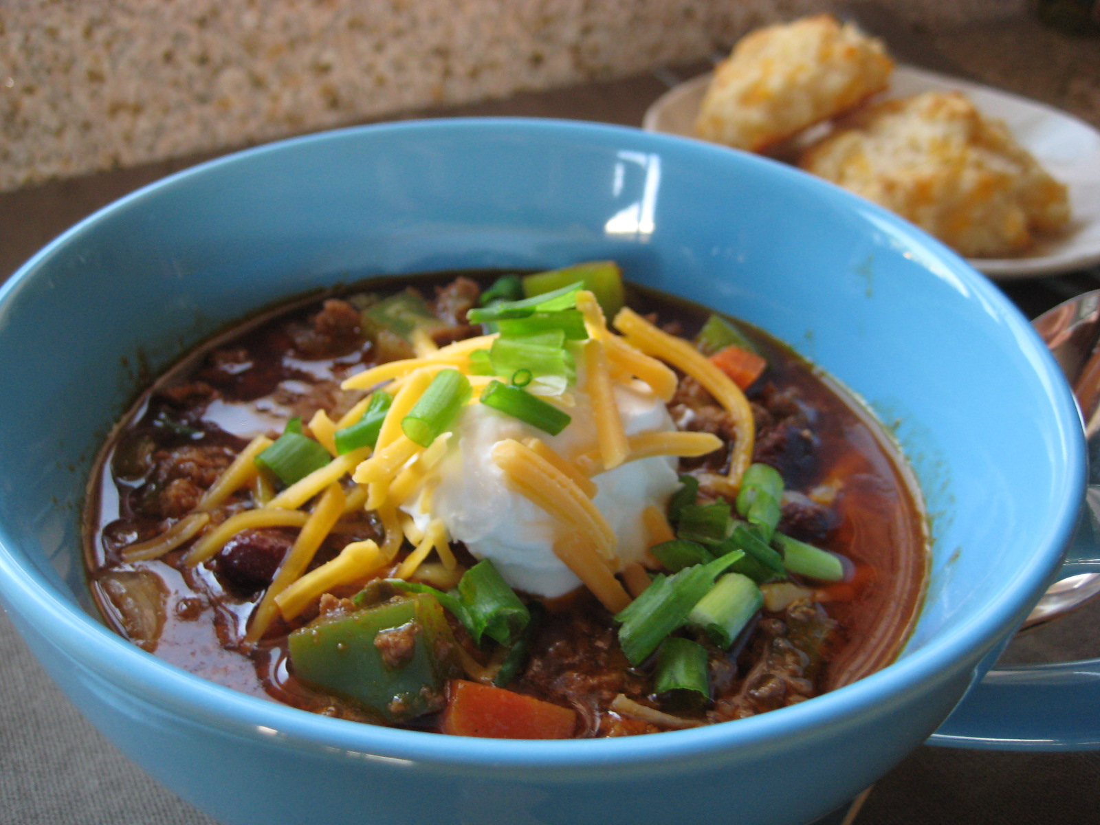 Beef Chili and Cheddar Biscuits | Saucy Mommy