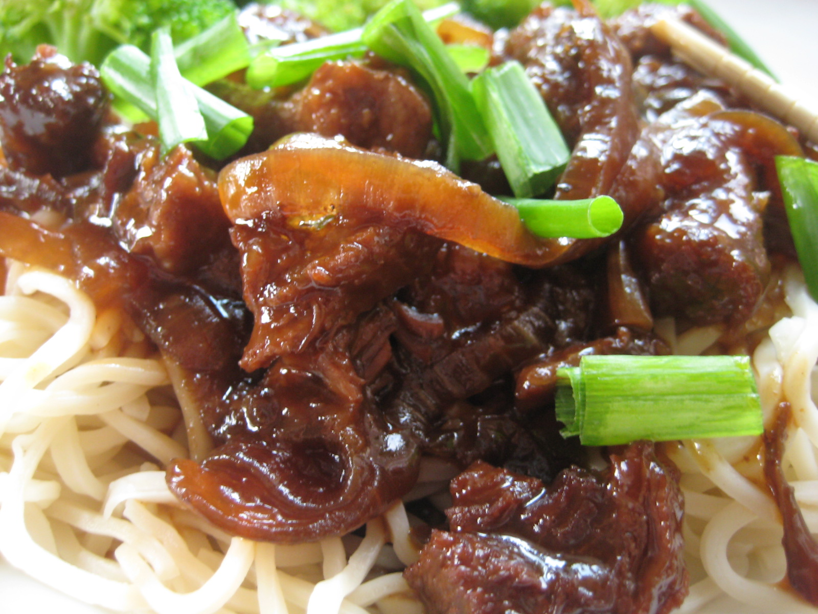 Slow Cooker Mongolian Beef | Saucy Mommy