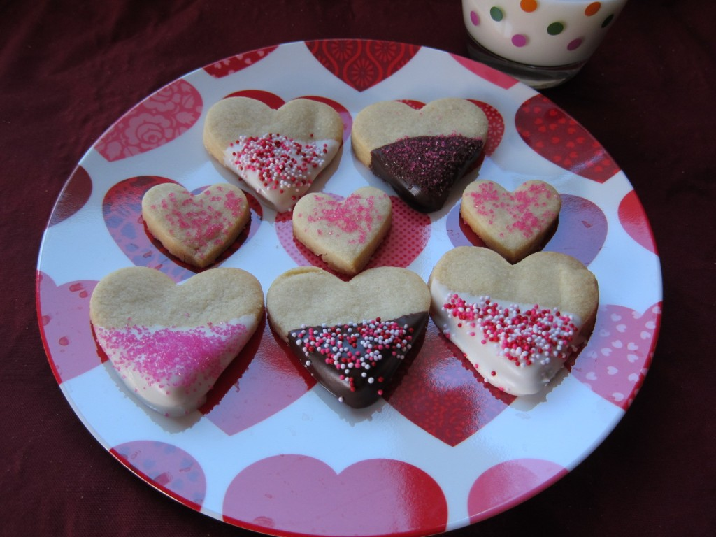 Chocolate-Dipped Valentine's Day Cookies   Saucy Mommy