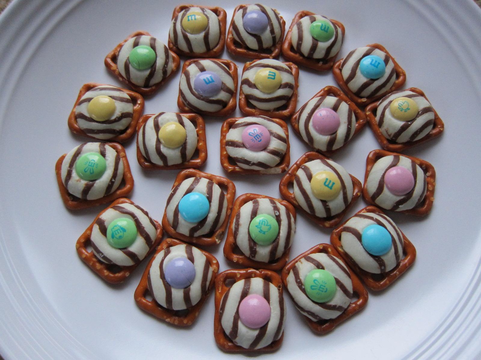 Easter Themed Pretzel Treats Saucy Mommy