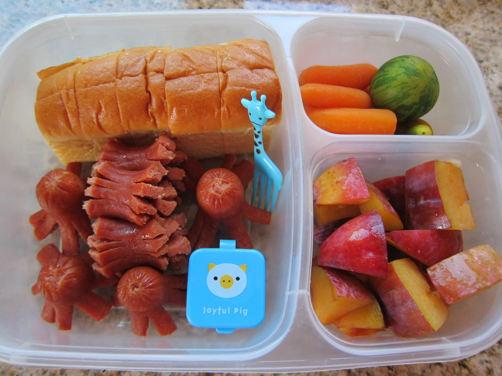 let's do lunch (and snack): first full day of kindergarten! | saucy